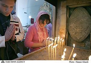 Heiligabend in einer Kirche in Teheran