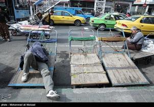 """""""Hätte ich in meiner Heimatstadt ein bisschen Geld verdienen können, wäre ich niemals nach Teheran gekommen."""""""