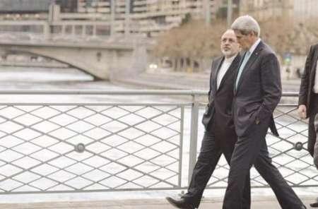 Mohammad Javad Zarif mit seinem amerikanischen Amtskollegen John Kerry