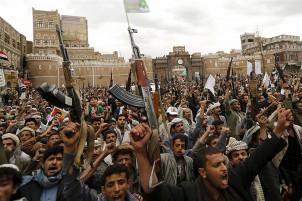 Bewaffnete Huthi-Rebellen in der jemenitischen Hauptstadt Sanaa