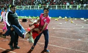 Zahlreiche Fußballfans wurden verletzt