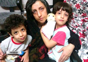 Narges Mohammadi und ihre beiden Kinder