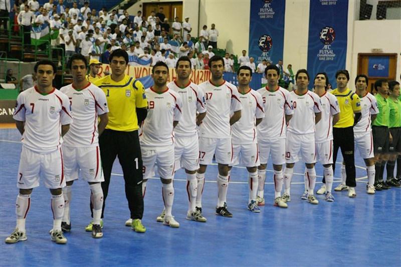 Die iranische Nationalmannschaft des Gehörlosen-Futsals hat sich zum zweiten Mal in Folge den Weltmeistertitel geholt. Die Iraner besiegten im Endspiel die thailändischen Gastgeber mit 8 zu 3. Das iranische Team hatte mit vier Siegen gegen die Schweizer, Japaner, Algerier und Norweger und einer Niederlage gegen Russland das siegreiche Finale erreicht.