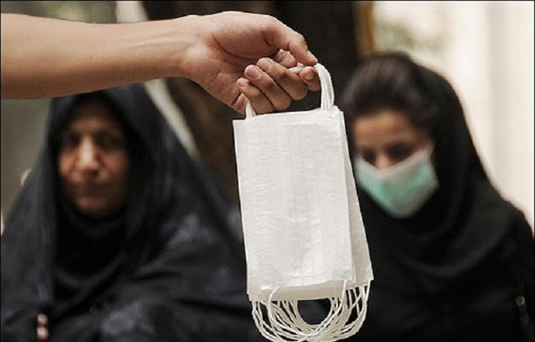 Luftfilter gegen Abgase und Feinstaubpartikel gehören jetzt in fast allen größeren Städten des Iran zum Straßenbild.