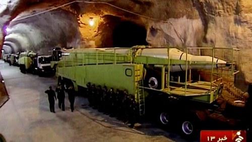 Das staatliche Fernsehen des Iran gewährte seinen ZuschauerInnen erstmals einen Einblick in einen unterirdischen Raketenstützpunkt