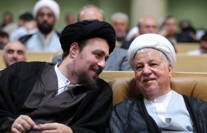 Ayatollah Hashemi Rafsanjani (r.) und Seyyed Hassan Khomeini (l.) im Bild