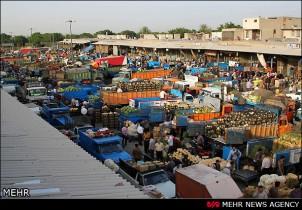 Auf fast allen großen Fruchtmärkten des Iran werden einheimische und illegal importierte Obst- und Gemüsesorten angeboten