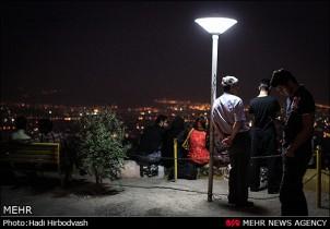 """""""Alle hier haben Geheimnisse"""" (Teheran bei Nacht)"""