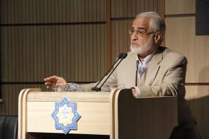 """Nassrollah Pour Djawadi - einst saß er in jenem Komitee, das die Universitäten von """"unislamischen Elementen"""" säubern sollte"""