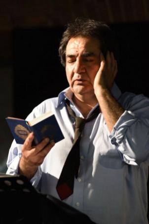 """Mohammad Ali Behboudi in dem Stück """"Ich werde nicht hassen"""", von Izzeldin Abuelaish, unter der Regie von Ernst Konarek - Theaterhaus Stuttgart"""