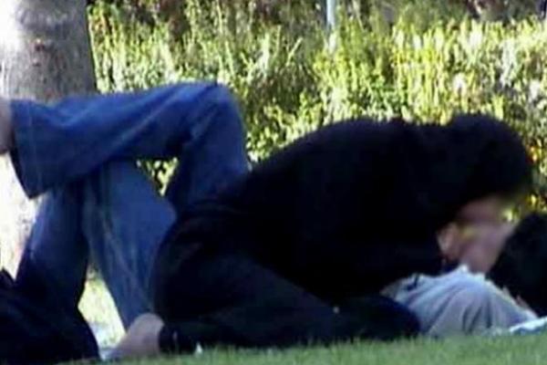 Für viele junge Iranerinnen und Iraner ist die Tradition bedeutungslos. Sie möchten Sex vor der Ehe ausüben!