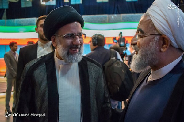Die Hauptrivalen Ebrahim Raisi (li.) und Hassan Rouhani