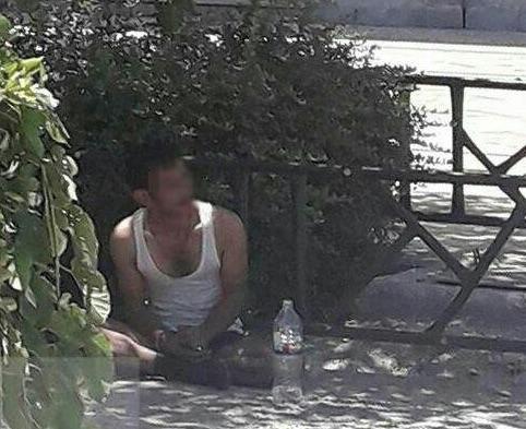 Iranische Nachrichtenseiten veröffentlichten dieses Foto - angeblich einer der Angreifer, der verhaftet worden sei
