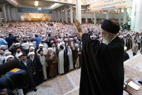 Der schiitische Klerus ist schon lange ein eng vernetztes Milieu