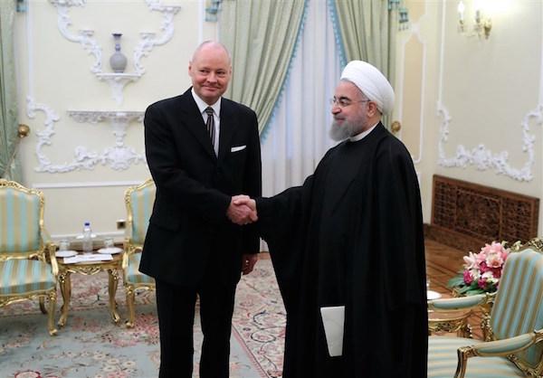 Irans Präsident Hassan Rouhani und Deutschlands Botschafter in Teheran, Michael Klor-Berchtold - Foto: mashreghnews.ir