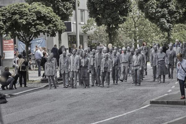 Friedliche, phanatsievolle Demonstration von 1000gestalten.de gegen G20 in Hamburg