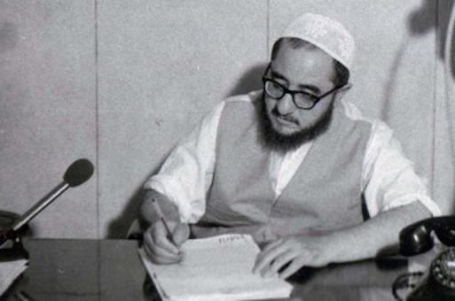 Ayatollah Sadegh Khalkhali hat als erster oberster Richter der Revolutionsgerichte unzählige Todesurteile unterschrieben
