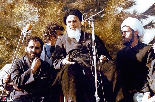 Revolutionsführer Khomeini bei seiner ersten Rede in Teheran: In einer islamischen Republik wird dem Volk Strom und Wasser kostenlos zur Verfügung gestellt!