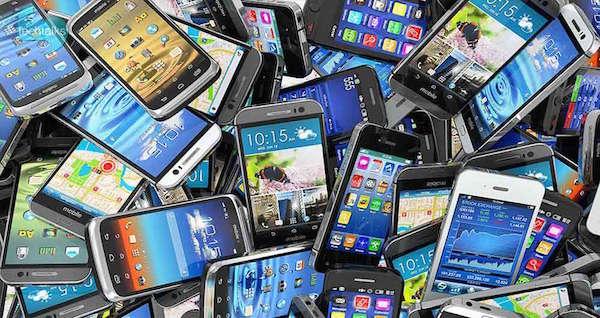Elf Prozent der iranischen Handy-Nutzer besitzen iOS-Geräte - Foto: click.ir