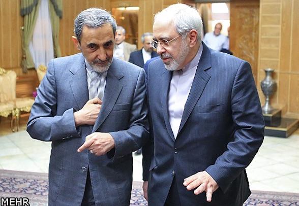 """Der Außenminister im Rouhanis Kabinett, M. J. Zarif (re), und der """"Außenminister"""" des Revolutionsführers A. A. Velayati"""