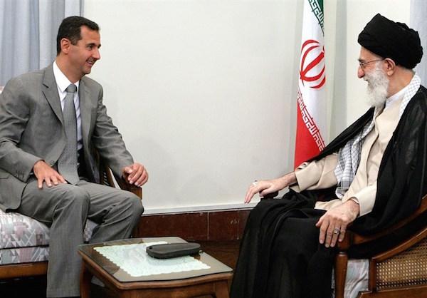 Der Sieger Bashar Assad (li.) und sein Unterstützer, Irans Staatsoberhaupt Ayatollah Ali Khamenei - Foto aus dem Archiv