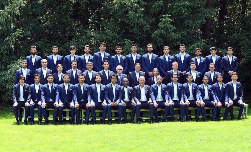 Irans Fußball-Nationalmannschaft hält sich zwecks Vorbereitung in der Türkei auf. Diese Spieler sind dabei: Tor: Alireza Beyranvand, Rashid Mazaheri, Amir Abedzadeh Abwehr: Madjid Hosseini, Milad Mohammadi, Mohammad Khanzadeh, Morteza Pourali Gandji, Pejman Montazeri, Ramin Rezaian, Roozbeh Cheshmi. Mittelfeld: Ehsan Hadj-Safi, Karim Ansari-Fard, Masoud Shojdai, Mehdi Torabi, Omid Ebrahimi, Said Ezatollahi. Angriff: Ashkan Dejagah (Kapitän), Alireza Djahanbakhsh, Mehdi Taremi, Reza Ghouchan-Nejad, Saman Ghoddos, Sardar Azmoun, Vahid Amiri. Cheftrainer: Carlos Queiroz Foto: tnews.ir