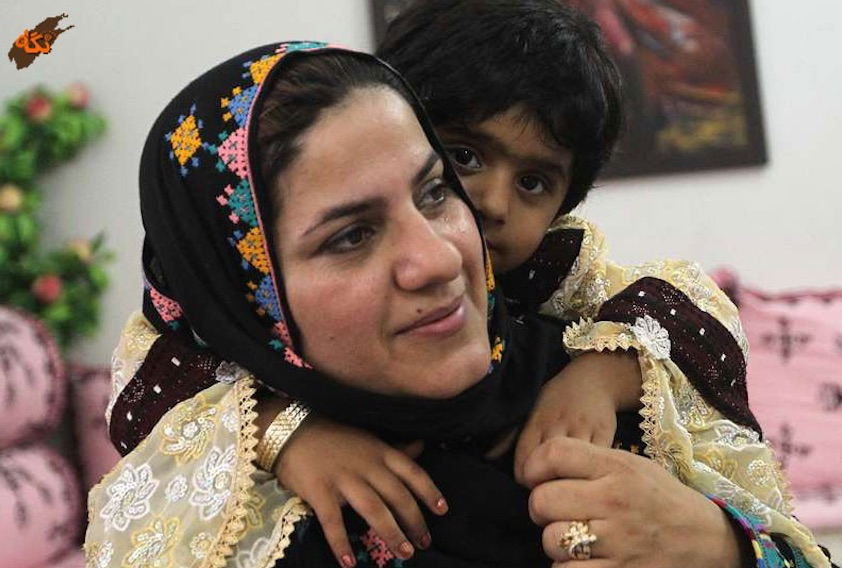 Nach Angaben des iranischen Vizepräsidenten Eshagh Jahangiri ist Homeyra Rigi zur Botschafterin der Islamischen Republik in Brunei ernannt worden. Zum ersten Mal in der Geschichte der Islamischen Republik vertritt eine Frau aus der sunnitischen Minderheit den Iran im Ausland. Die 43-jährige Rigi ist derzeit Gouverneurin der Stadt Ghasrghand in der Provinz Sistan und Belutschestan. Neben Rigi hat der Iran zwei andere Botschafterinnen, Mazieh Afkham in Malaysia und Parvin Farshchi in Finnland.