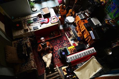 Peter Pirhosseinlou in seinem Lieblingsraum