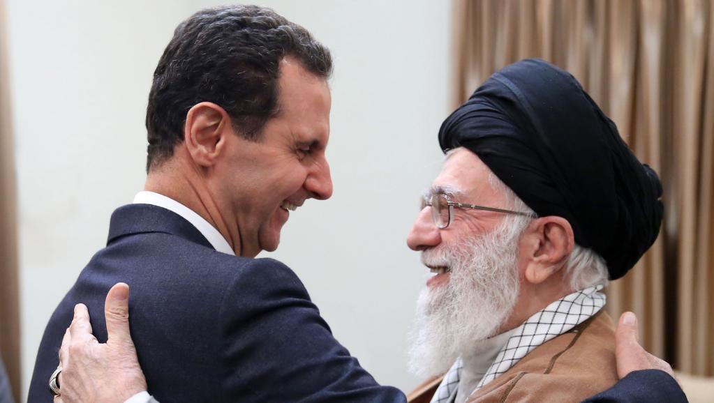 Irans Staatsoberhaupt Ali Khamenei (re.) empfängt Syriens Diktator Bashar Assad
