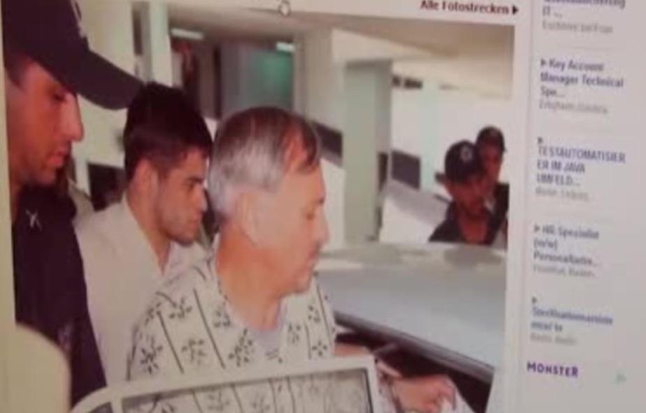 Der Geschäftsmann Helmut Hofer war im Iran angeblich wegen sexueller Beziehung zu einer Iranerin zum Tode verurteilt worden, doch Medien bezeichneten ihn als Geisel - um den in Deutschland inhaftierten Iraner Kazem Darabi freizupressen