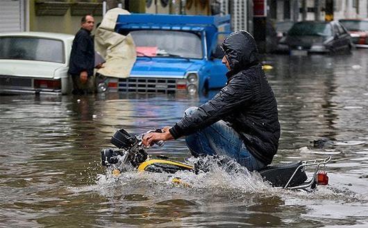 In 24 Provinzen des Iran sind mehr als 480 Städte und fast 5.000 Dörfer von der Überschwemmung betroffen!