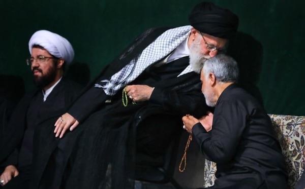 Khameneis besonderes Verhältnis zu seinem Lieblingsgeneral