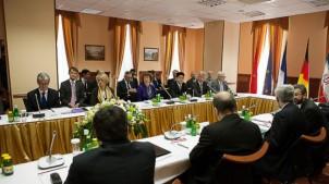 Die sogenannten 5+1 Gespräche zwischen den ständigen Mitgliedern des Sicherheitsrats der Vereinten Nationen und Deutschland mit dem Iran waren bis jetzt ergebnislos.