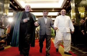 Karzai, Ahmadinedschad und Zardari beim Gipfeltreffen.