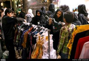 Zum Nouruz-Fest gehört auch ein Besuch im Bazar, um vor allem für die Kinder neue Kleider und Schuhe zu kaufen. Quelle: ISNA