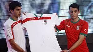 Dank besserer Qualitätskontrollen und den Bestimmungen der FIFA stehen nun allen Spielern genügend Trikots in angemessener Qualität zur Verfügung!