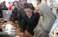 Obwohl sie keine Kandidaten bei den Wahlen hatten, sollen die Mehrheit der Wahlberechtigten in der Provinz Kurdistan ihre Stimme abgegeben haben.