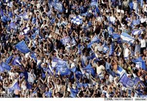 Die Fans sind wirklich Klasse. Wir hatten einmal 70.000 Zuschauer im großen Azadi-Stadion. Da war eine Superstimmung.