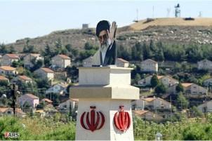 Die Statue des iranischen Revolutionsführers Ayatollah Khamenei in der Nähe der israelischen Grenze in Südlibanon. Foto: www.farsnews.com