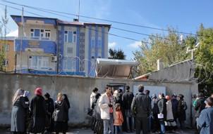 Die meisten iranische Asylsuchende flüchten erst in die Türkei und lassen sich dort vom Büro der Vereinten Nationen - wie hier in der türkischen Grenzstadt Van - registrieren