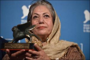 Rakhshan Banidetemad und ihr Preis - Foto: aftabir.com