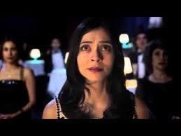 Pegah Ferydoni spielt in dem Videoclip die Hauptrolle