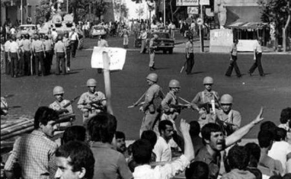 Mit dem Putsch vom 19. August 1953 verwandelten sich die USA für alle demokratischen Kräfte des Iran in ein Sinnbild der Demokratiefeindlichkeit
