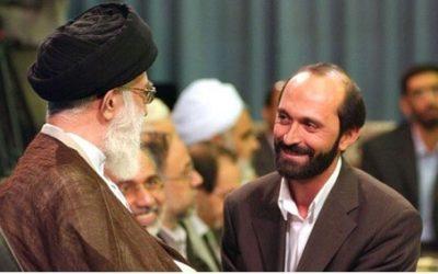 Said Tussi (re.) gilt als Vertrauter des Staatsoberhaupts Ayatollah Ali Khamenei (li.)