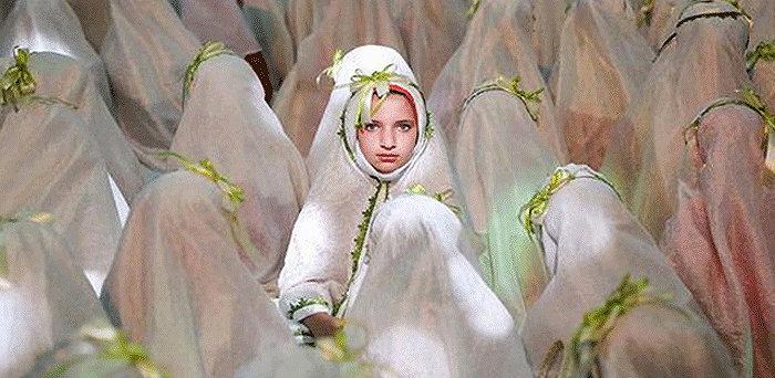 Mach islamischen Rechte können Frauen kaum eigene Entscheidungen über ihr Leben treffen, Mädchen ab dem 9. Lebensjahr gelten aber als volljährig und dürfen heiraten!