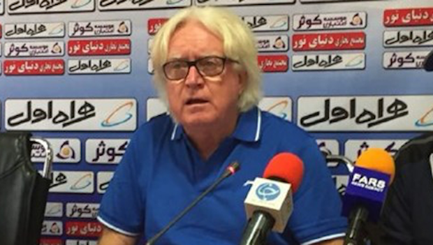 Winfried Anton Schäfer als Trainer des iranischen Fußballklubs Esteghlal