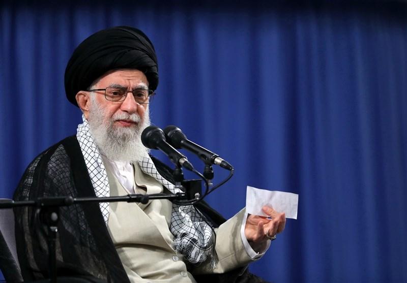 """Aktivist*innen machen Khamenei für """"nationale Katastrophe"""" verantwortlich"""