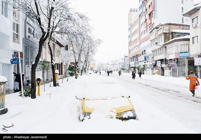 Mehr als 150 Tote und Verletzte durch Schnee