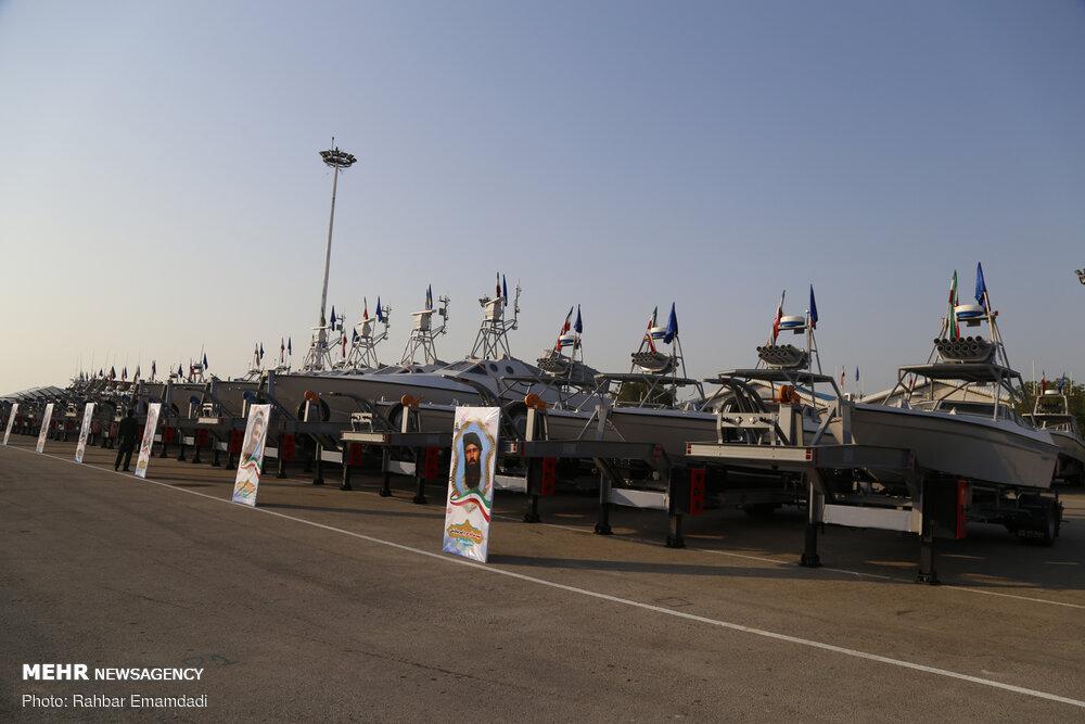 Revolutionsgarde stellt neue Schnellboote vor