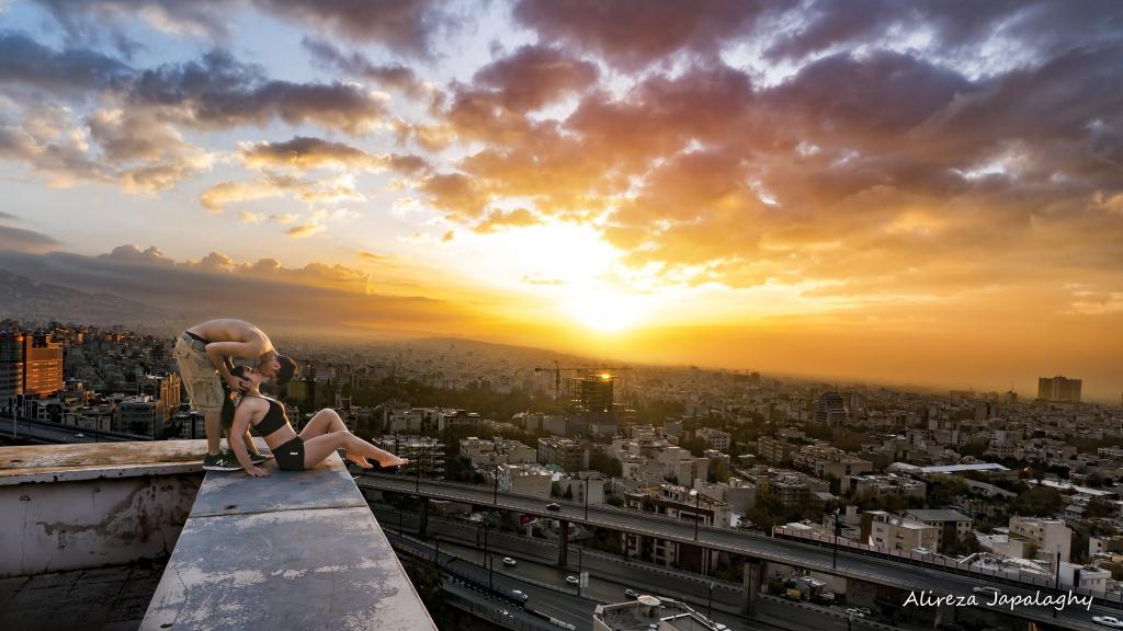 Alireza Japalaghi, Sonnenaufgang von Teheran, Parkourläufer